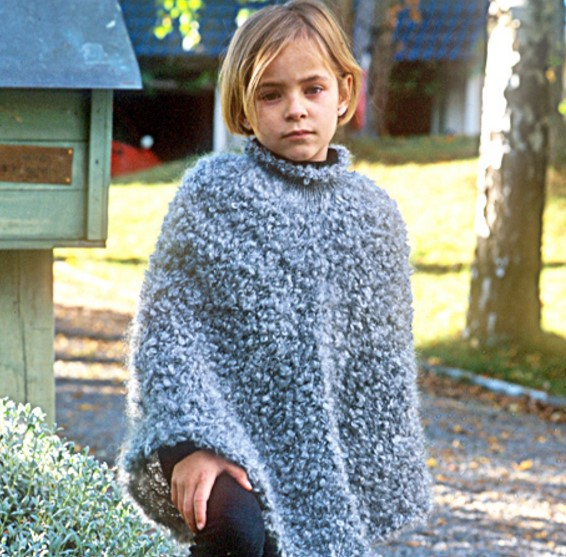 Free Knitting Patterns Poncho Child : [FREE Pattern] Knitted Poncho With Leg Warmers