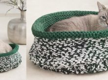knitted cat bed | the knitting space