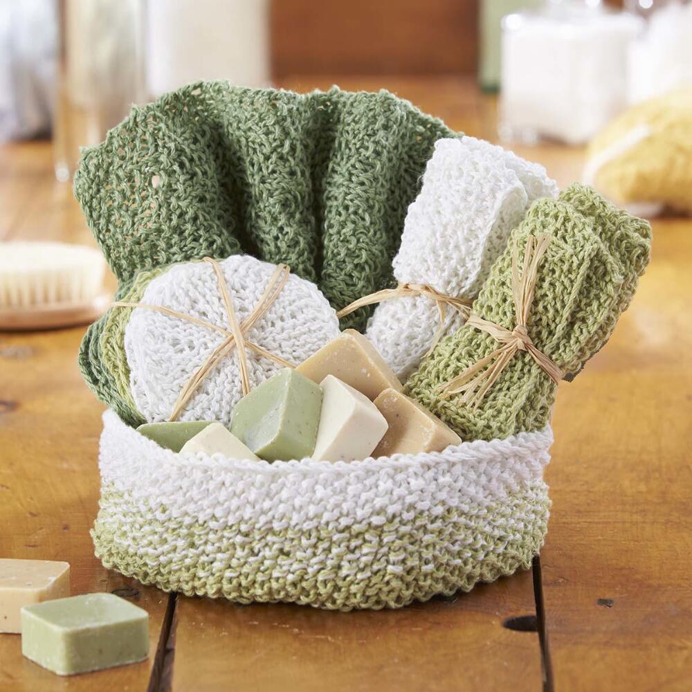 Knitting Set : Knit aubrey spa set free knitting pattern