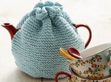 Beginner garter stitch knitted tea cozy   The Knitting Space