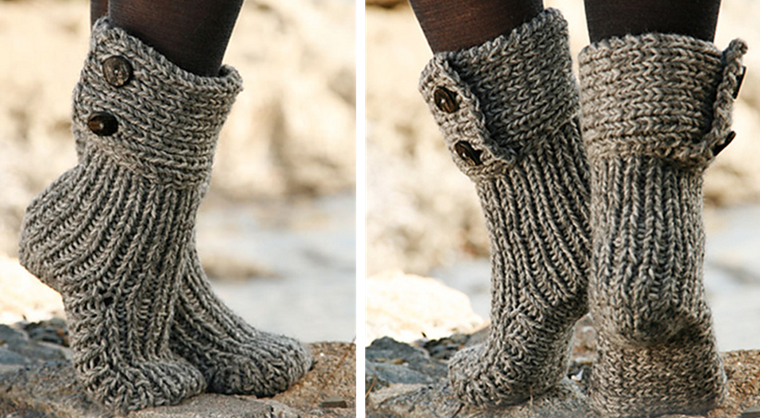 Free Knitting Pattern For Moon Socks : Nepal Knitted Moon Socks [FREE Knitting Pattern]