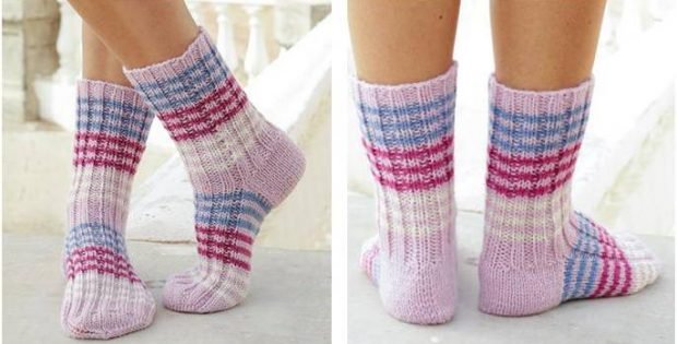 Berry Waves Knitted Ribbed Socks Free Knitting Pattern