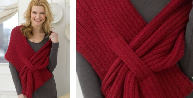 stylish ribbed knitted slit shawl | The Knitting Space |