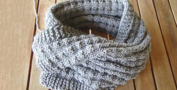 Nordic knitted mens scarf
