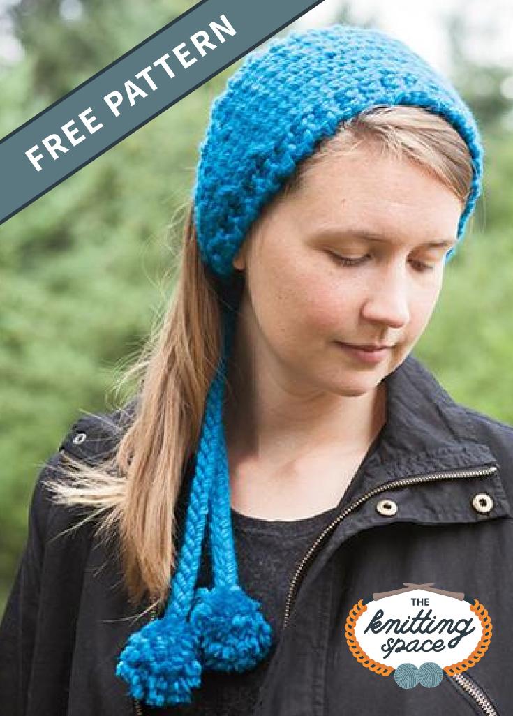 """Femme portant un bandeau tricoté bleu à l'extérieur avec texte qui dit """"Modèle gratuit"""", suivi du logo de l'espace tricot"""