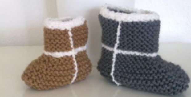 Knit Baby Ugg Booties [FREE Knitting Pattern]