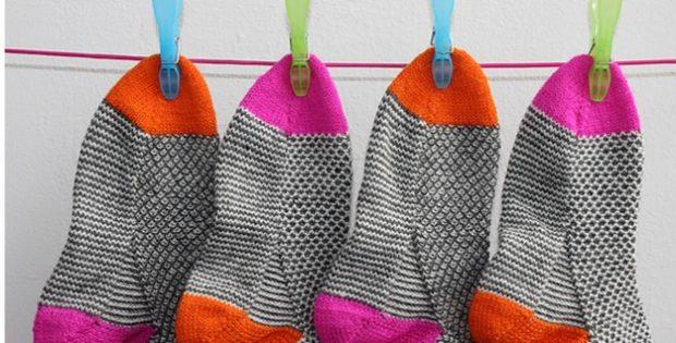 Broken Seed Stitch Knitted Socks Free Knitting Pattern