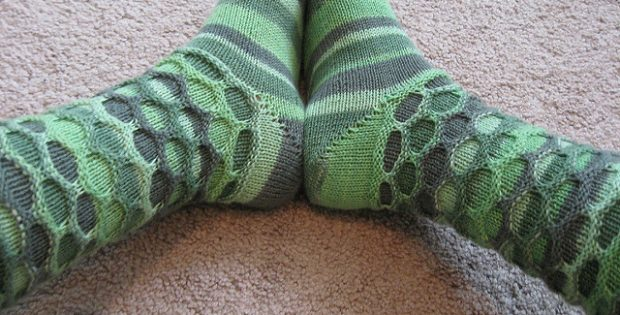 Distinctive Knitted Circle Socks Free Knitting Pattern