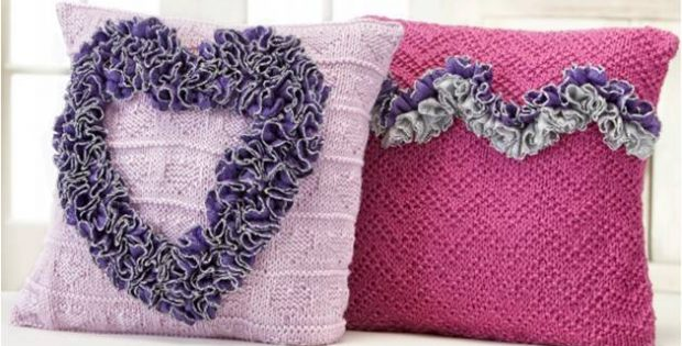 Cuddly Knitted Valentine Pillows Free Knitting Pattern