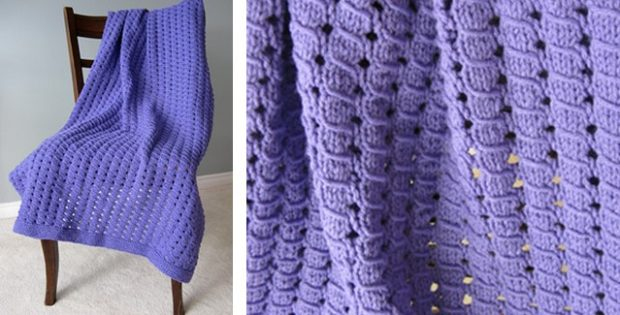 Easy Waffle Knitted Blanket [FREE Knitting Pattern]