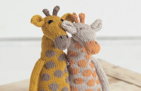Knit Giraffes From Noahs Ark [FREE Knitting Pattern]