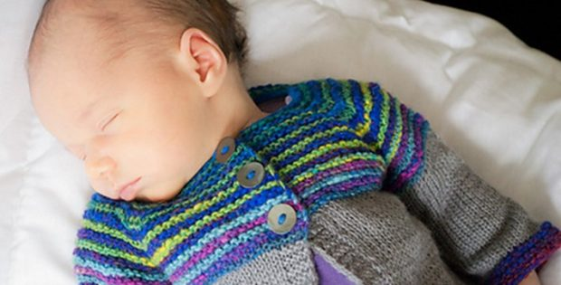 Linnie knitted baby cardigan | the knitting space