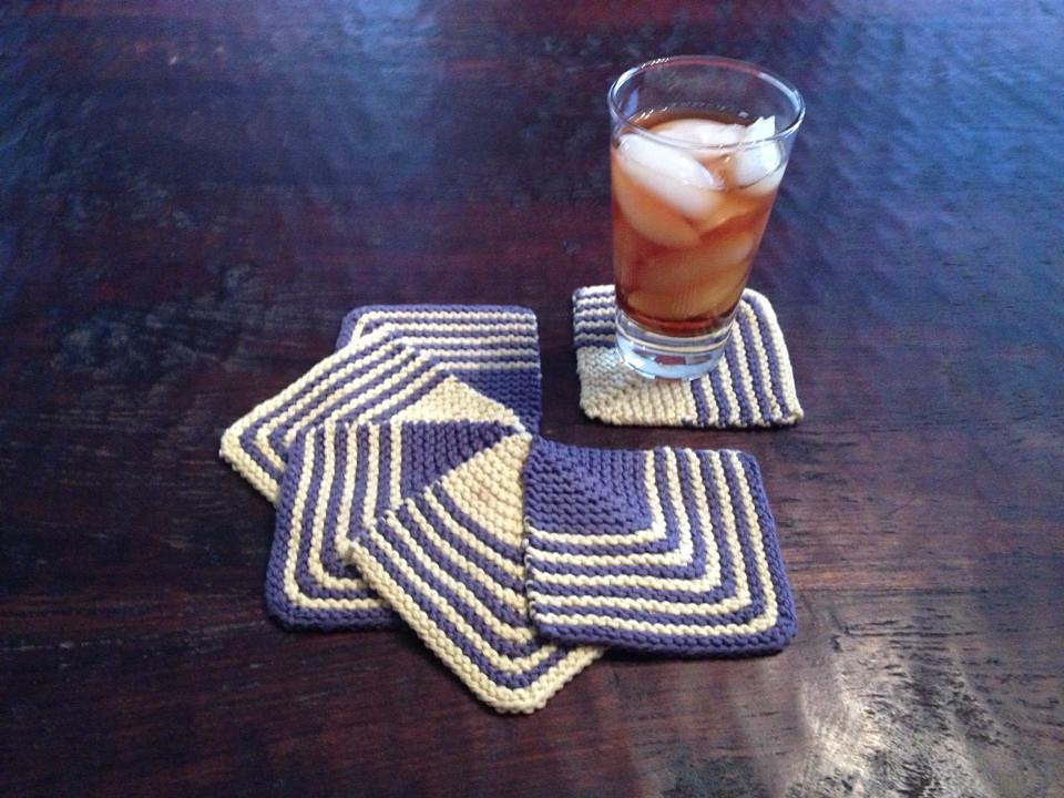 Knitted Mitered Squares Coasters [FREE Pattern+Tutorial]