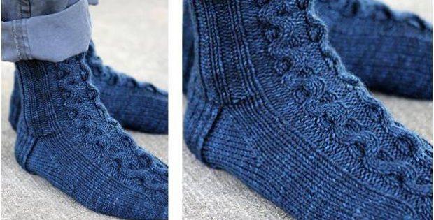 Ribbon Cable Knitted Socks Free Knitting Pattern