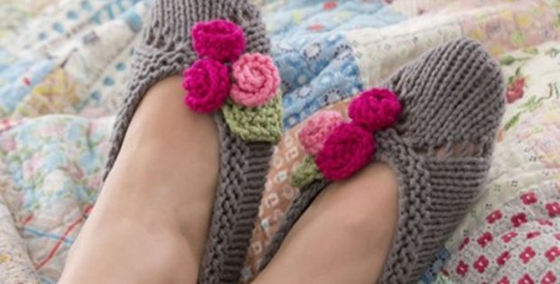 Knit Rose Slippers Free Knitting Pattern