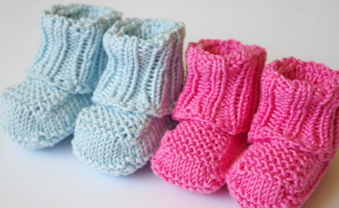 No Sew Knitted Baby Booties [FREE Knitting Pattern]