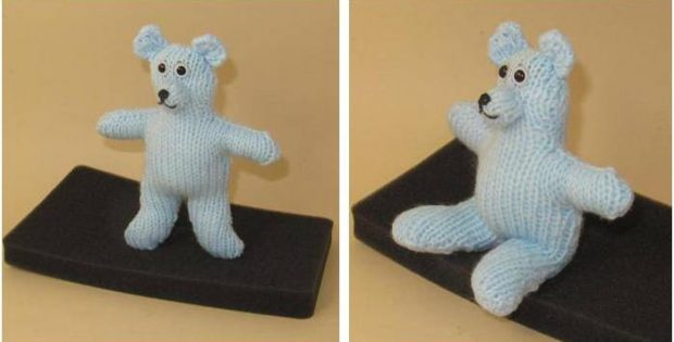 simply easy knitted teddy bear | the knitting space