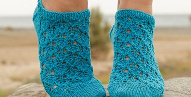 Splash Knitted Ankle Socks Free Knitting Pattern