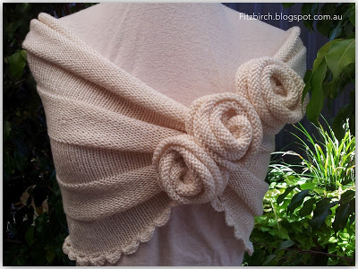 Knit Summer Rose Capelet Free Pattern