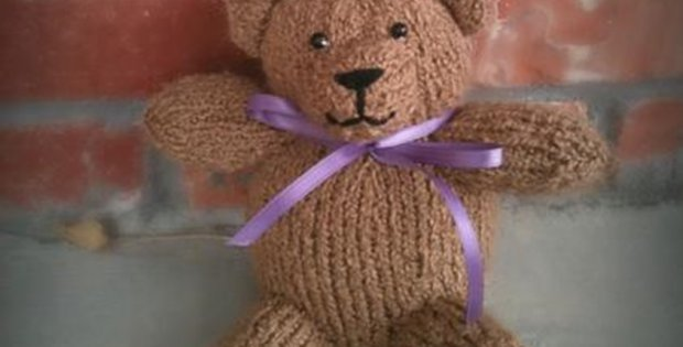 Knitted Heart Pattern Free : Easy Knitted Teddy Bear [FREE Knitting Pattern]