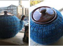 terrific knitted teapot mitten   the knitting space