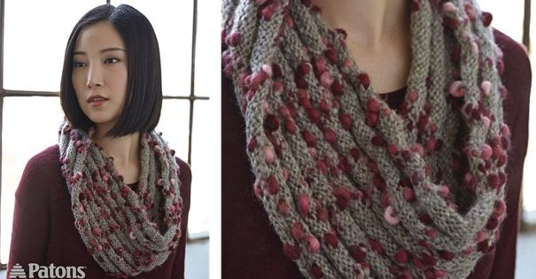 Twisted Ridges Knitted Cowl Free Knitting Pattern