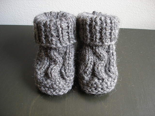 Knit Cabled Baby Booties Free Knitting Pattern