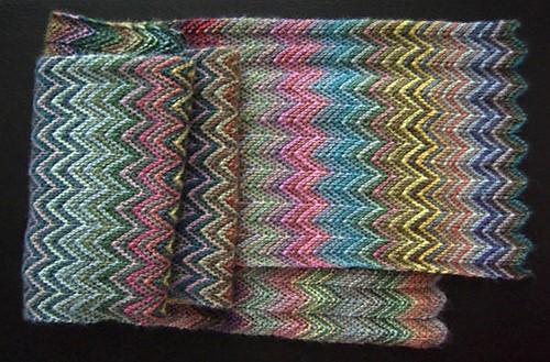 Colorful Knitted Zickzack Scarf Free Knitting Pattern
